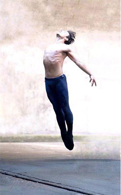 Ο βραβευμένος Έλληνας χορευτής Στέφανος Δημουλάς στο Δεύτερο Πρόγραμμα - Πέμπτη 14 Φεβρουαρίου στις 7:30